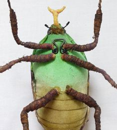 This green flower beetle is approx 4 inch tall and 2 inch wide made with cotton fabric. They are hand painted and hand embroidered with details. It is free stand sculpture but also have a metal hoop on the back for hanging. Art Dolls, Sculptures, Fabric Art, Sculpture, Insect Art, Art, Textile Art, Soft Sculpture, Needle Art