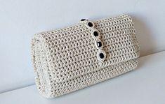 Crochet Pattern Crochet Bag Pattern Tote Pattern by isWoolish Crochet Clutch Bags, Bag Crochet, Crochet Shell Stitch, Single Crochet Stitch, Crochet Handbags, Crochet Purses, Clutch Purse, Purse Patterns Free, Crochet Purse Patterns