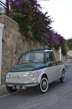 FIAT 500 pick up   Never saw one - I like it! :)