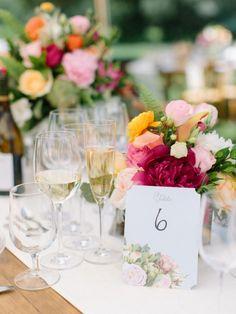 The_Knot_Dream_Wedding_Wildflower_Linen_homestead_runners_Star