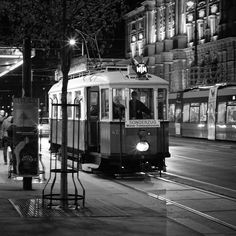 I just love old trams. Zeiss, City Life, Vienna, Train, Strollers