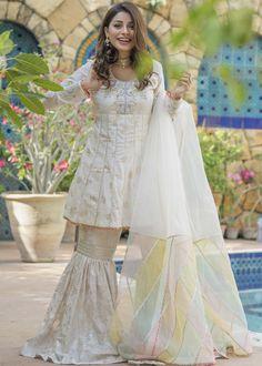Wedding Dresses For Girls, Bridal Dresses, Girls Dresses, Flower Girl Dresses, Formal Dresses, Gharara Pants, Crochet Boots, Pakistani Actress, Elle Fanning