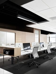Plywood wall?  Techshed-office-Garcia-Tamjidi-Architecture-Foster-City-03