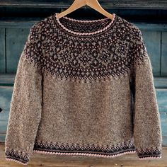 Fair Isle Knitting Patterns, Sweater Knitting Patterns, Knitting Designs, Knitting Sweaters, Hand Knitted Sweaters, Norwegian Clothing, Rose Sweater, Work Tops, Knitwear