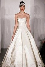 This wonderful Wedding Dresses  Latest Look Of Princess Features Fancy Strapless Bodice And Cute Balloon Skirt Wedding Dress  This beatiful women wedding dress use the Taffeta material, the front Strapless neckline compose this elegant and charming dress. Princess outline match with your unique and sexy appeal.Dressaler.com offer you the best princess wedding dresses There must be one for you. - $136.79
