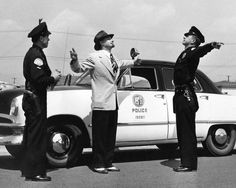 LAPD 1950's   I love what this guy is wearing!
