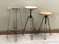 Hairpin steel bar stool with oak or birch plywood top. Seat Width - 290mm Oak thickness 27mm Oak finished in 2 coats of Danish Oil Plywood thickness 25mm Plywood finished in 3 coats of either dark grey or light grey wood paint and finished in 3 coats of clear lacquer. Hairpin Metal Stool, Metal Chairs, Grey Wood Paint, Love Chair, Bench Stool, Wood Desk, Metal Furniture, Bar Stools, Industrial Furniture