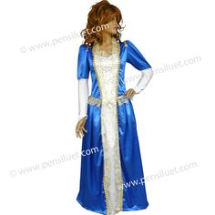 Дамската рокля на Кралица 05 синя е изработена от сатен /100% ПЕ/. Роклятя е в два цвята, ръкава е с набор в горната част, за да създаде обем на ръкава и украсен със златиста шевица. Долния край на ръкава е от ликра и и има заострен край, който минава върху китката. Предната част на роклята е гарнирана с бял сатен, на който са инкрустирани много златисти камъни.