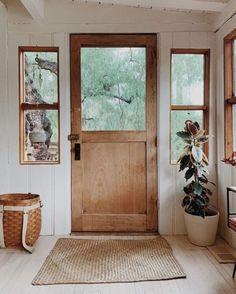 Home Interior Decoration farmhouse style Home Design, Farmhouse Style, Farmhouse Decor, Modern Farmhouse, Farmhouse Front, Cottage Farmhouse, Home And Deco, Cozy House, Home Decor Inspiration