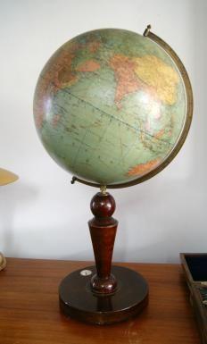 1000 images about antique globe terestial star celestial antiquit s de marine globe terrestre. Black Bedroom Furniture Sets. Home Design Ideas