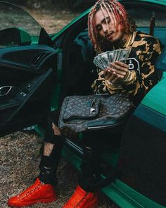 "The Famous ""New School"" Rapper Lil Pump and His Huge Collection of Expensive Cars - High Power Cars Rap Us, Lil Pump, Hip Hop Artists, Hip Hop Rap, Man Crush, Louis Vuitton Speedy Bag, Hot Guys, Eye Candy, Gucci"