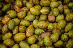 mangoes Indonesian Food, Mango, Tropical, Vegetables, Fruit, Manga, Indonesian Cuisine, Vegetable Recipes, Veggies