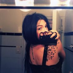 i love these cheetah print tattoos. not sure if i could pull it off though Badass Tattoos, Life Tattoos, Tatoos, Cheetah Print Tattoos, Tattoo Shading, Shoulder Tattoos, Piercing Tattoo, Ear Piercings, Cover Tattoo