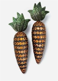 Carrot Earrings by Hemmerle via trouvaillesdujour: Copper, white gold, orange sapphires. #Carrot #Earrings #Hemmerle  http://fashionartist.org/,  Like share and repin :)