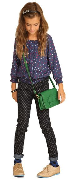 Mix of patterns is a little over the top, but I love the oxfords, the collared shirt and skinnies...preppy! Junior Girls  Forever 21