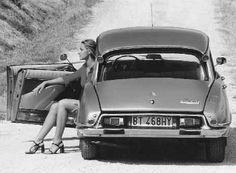 A lady and a Citroen DS. Citroen Ds, Psa Peugeot Citroen, Maserati, Corvette, Auto Retro, Miniature Cars, Top Cars, Car Girls, Sexy Cars
