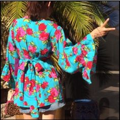 ✨HP✨BETSEY JOHNSON KIMONO STYLE BELL SLEEVE Turquoise rose, kimono style, tie back, ruffled bell sleeve, BETSY JOHNSON  doesn't get any more adorable then this! 100%polyester NWT, Betsey Johnson Tops Blouses