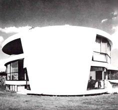 unavidamoderna:  Fachada posterior, Casa en Pedregal, Jardines del Pedregal, México DF 1962Arq. Enrique Castañeda Tamborrell Rear facade, House in Pedregal, Gardens of Pedregal, Mexico City 1962