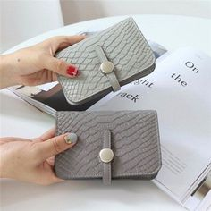 Women PU Leather Crocodile Portable Short Wallet Card Coin Holder Purse