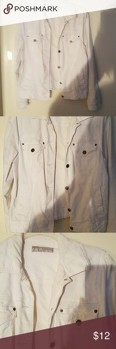 White Courdory Jacket jean style!!! Good used condition, very stretchy. Marked a 1x but it fits more like a medium. So I am listing it as a medium! Wash and wear, great for spring, super comfy. Duplex Jackets & Coats Jean Jackets