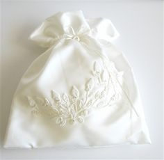 WEDDING BRIDAL Ivory Drawstring Bag w/ Ivory by globodesigns ...