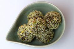 Green superfood balls