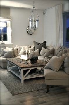 just love all the cushions on the couch