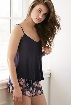 Forever 21 is the authority on fashion & the go-to retailer for the latest trends, styles & the hottest deals. Cute Pajama Sets, Cute Pajamas, Pj Sets, Pijamas Women, Curvy Girl Lingerie, Cute Sleepwear, Pajama Outfits, Cute Lazy Outfits, Night Dress For Women