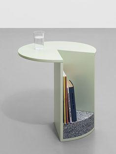 Le designer autrichien Klemens Schillinger signe une collection de trois tables…
