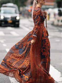 1756882df23 Print Round Neck Long Sleeve Maxi Dress