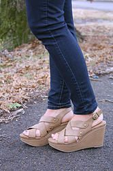 The Sophie Wedge