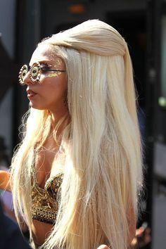 wow. HAIR HAIR HAIR