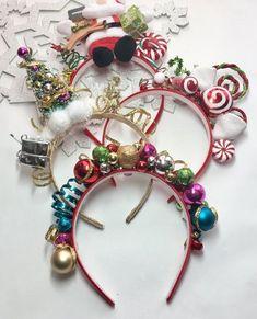 Tacky Christmas, Christmas Hair, Christmas Sweaters, Christmas Wreaths, Merry Christmas, Christmas Decorations, Christmas Headbands, Diy Headband, Diy Weihnachten