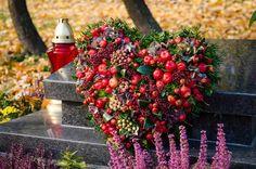 Gerbera, Funeral Flowers, Wedding Flowers, Christmas Wreaths, Flora, Halloween, Holiday Decor, Hearts, Autumn