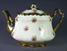 ARTHUR WOOD VINTAGE TEA POT-MADE IN ENGLAND 1904-1928