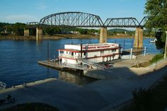 This floating restaurant on the Kanawha River in Charleston is getting a new start. Enjoy a unique experience dining right on the river. Virginia Homes, West Virginia, Places To Travel, Places To Go, Floating Restaurant, Charleston Wv, Railroad Bridge, Park Around, Mountain States
