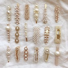 Hair clips and pins are the most popular hair accessories you can get right now … Haarspangen und Haarnadeln sind. Cute Jewelry, Hair Jewelry, Jewellery Earrings, Diy Earrings, Gold Jewelry, Hair Accessories For Women, Women's Accessories, Diy Accessoires, Accesorios Casual