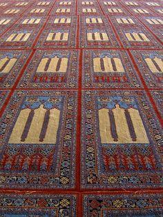 The Sultan Ahmet Camii Prayer Rug Saph The Blue Mosque Istanbul 2006 credit: jancadoret Blue