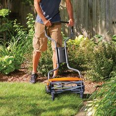 For people with smaller yards, this Fiskars 18 Inch, StaySharp Max Push Reel Lawn Mower is definitely the mower for them. Instead of wasting Reel Lawn Mower, Grass Cutter, Bermuda Grass, Grass Type, Blade Sharpening, Lawn Maintenance, Garden Nursery, Home Landscaping, Lawn And Garden