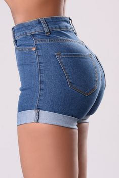 Best Jeans For Women Tattered Jeans – bueatyk Black Ripped Jeans, Sexy Jeans, Skinny Jeans, Short Outfits, Girl Outfits, Cute Outfits, Fashion Outfits, Summer Outfits, Hotpants Jeans
