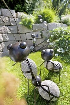 Gartendeko Ameise Welding Art Projects, Metal Art Projects, Metal Yard Art, Scrap Metal Art, Stone Crafts, Metal Crafts, Metal Sculpture Artists, Insect Art, Iron Art