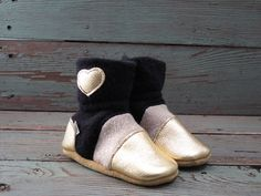 """Nooks Design toddler booties, US Size 8.5 / 2-3T / 6"""" length slip-on style"""