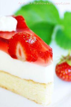 Arabeska : Torcik truskawkowy budyniowo-serowy Panna Cotta, Cheesecake, Ethnic Recipes, Food, Fruit, Kuchen, Dulce De Leche, Cheesecakes, Essen