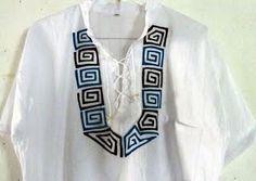 Camisas de hilo de Mola - Molas Maribel Salwar Suit Neck Designs, Punjabi Salwar Suits, Indian Designer Outfits, Fabric Painting, Folklore, Wearable Art, Embroidery Patterns, Applique, Education