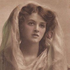 English Actress Gladys Cooper With A Veil Vintage Photo Postcard