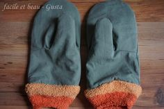 Handschuhe aus Hose und Kuschelsocken / Gloves made from pair of trousers and old socks / Upcycling