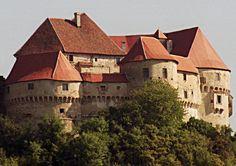 Veliki Tabor castle, Croatia, photo by tobotras, via trekearth.com