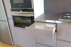 Falegnameria milano di creocasa opera milano cucine su misura di creocasa pinterest - Verf credenza ...