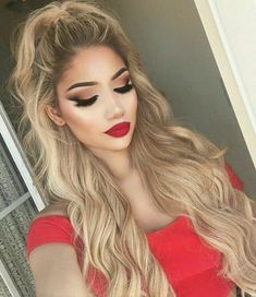 Lovely long hair can be achieved using our Bronde Human hair exrensions☝Free delivery worldwide. Order now. #longhair