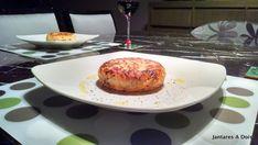 Batata Suíça Servida Pancakes, French Toast, Breakfast, Food, Chicken Marsala, Savory Pancakes, Dining, Sweets, Recipes